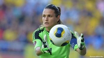 Inilah pemain wanita terbaik dunia 2013 | berita bola